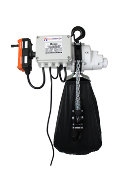 Radio Controlled Electric hoist 1000kg, 110 volt c/w bag
