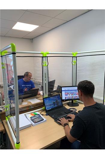 Modular Virus Screen For Worktops, Desks or Bars 266x102cm