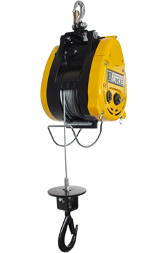 500kg 110volt Wire Rope Hoist c/w Hook Attachment