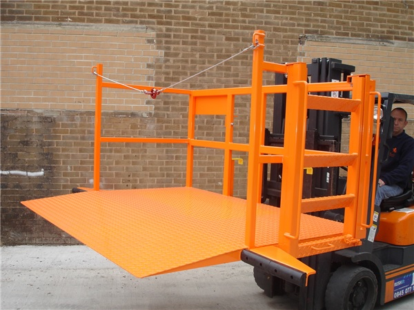 Loadlifter for roll cages